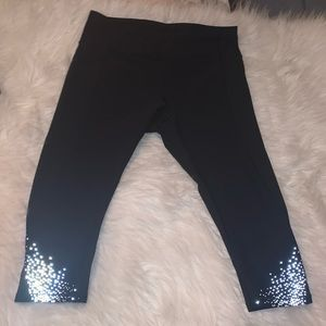 Lululemon reflective capris leggings